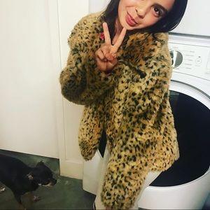 Other - Adorable faux fur leopard jacket
